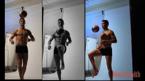 """""""Klassische Sixpack-Übungen mache ich kaum"""", verrät Cristiano Ronaldo im Men's Health-Interview. Wir lüften sein Waschbrett-Geheimnis und zeigen den Weltstar hinter den Kulissen im Video zum Cover-Shooting für Men's Health"""