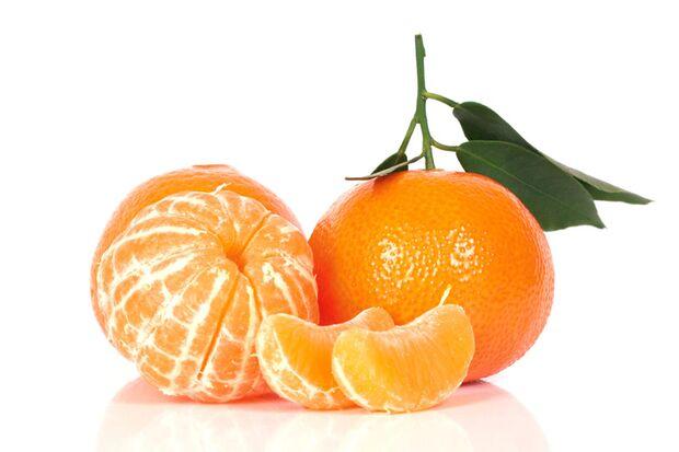 100 Gramm Mandarinen liefern nur 50 Kalorien