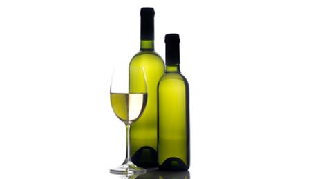 100 Milliliter Weißwein kann bis zu 0,19 Milligramm Resveratrol enthalten