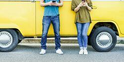 6 Irrtümer über die Benutzung des Smartphones in Auto & Co.