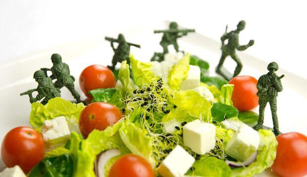 Abnehmen ohne zu Hungern? Unwahrscheinlich bei der Militär-Diät