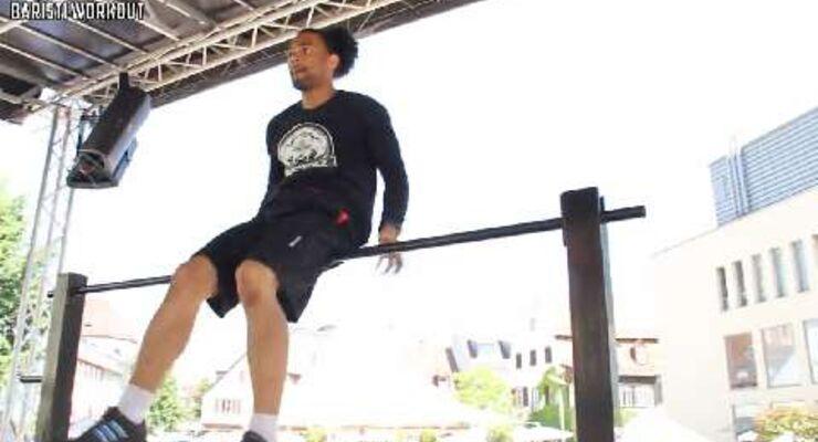 Afro Sayen aus Frankreich erreichte den 3. Platz beim Street Workout Worldcup in Offenburg. Er zeigte unter anderem den Muscle Over, 360° Muscle Up, Backspin und Lever.