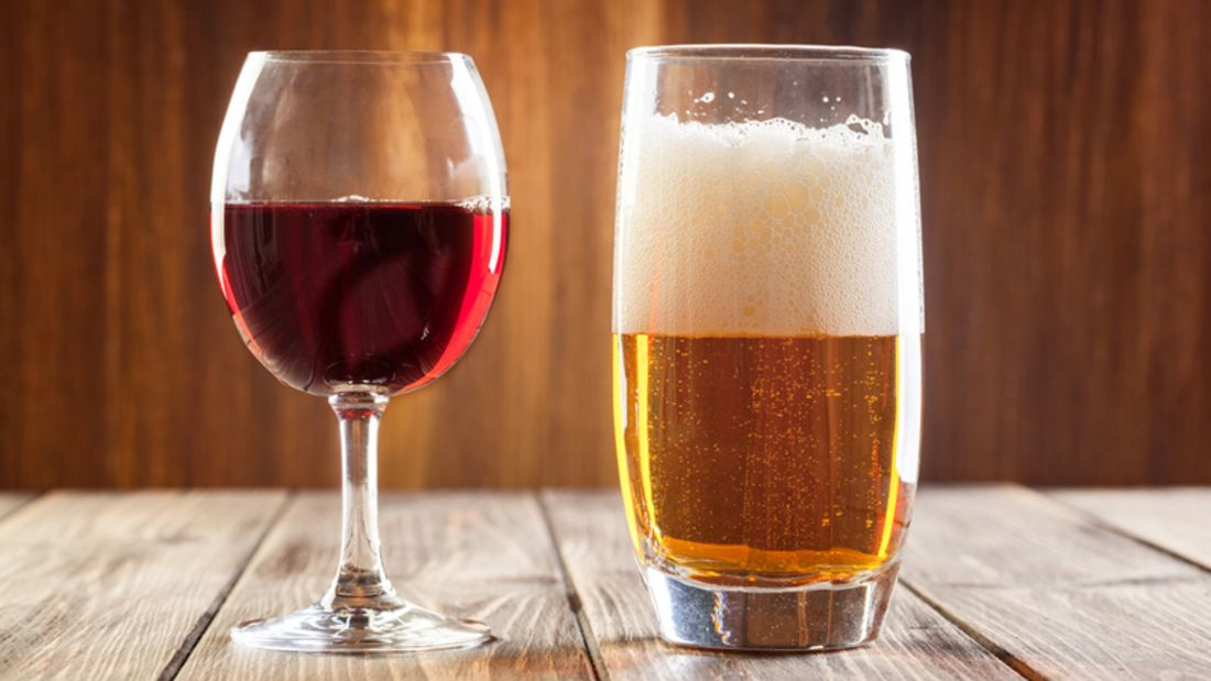 Alkohol kann, wenn man ihn in Maßen genießt, beim Abnehmen helfen