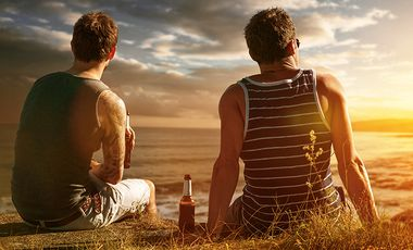 An diesen 7 Hinweisen erkennen Sie falsche Freunde