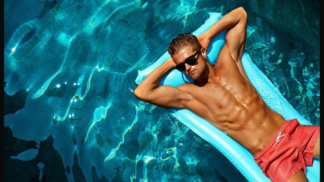 Auf dem Wasser ist die Sonneneinstrahlung verstärkt, Sonnenbrand droht!