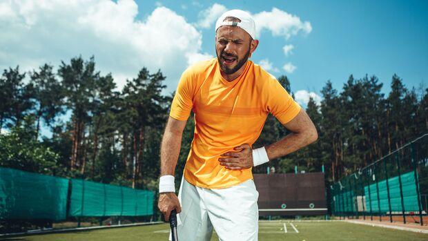 """Aus einer """"Weichen Leiste"""", unter der Tennisspieler und Fußballer häufig leiden, kann sich ein Leistenbruch entwickeln"""