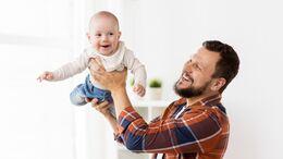 Babys haben außergewöhnliche Fähigkeiten. Nur zu passend sind daher die Pampers Baby-Dry Pants im Superhelden Format.