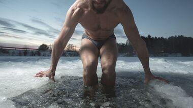 Baden im Eiswasser baut Stress ab