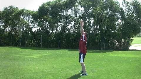 Ballwürfe trainieren Koordination, Konzentration, Kraft und Ausdauer.