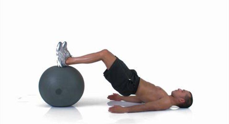 Beckenheben mit Bein-Curl auf dem Swiss Ball /quadrizeps_122