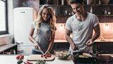 Bei der DASH-Diät stellst du deine Ernährung langfristig um