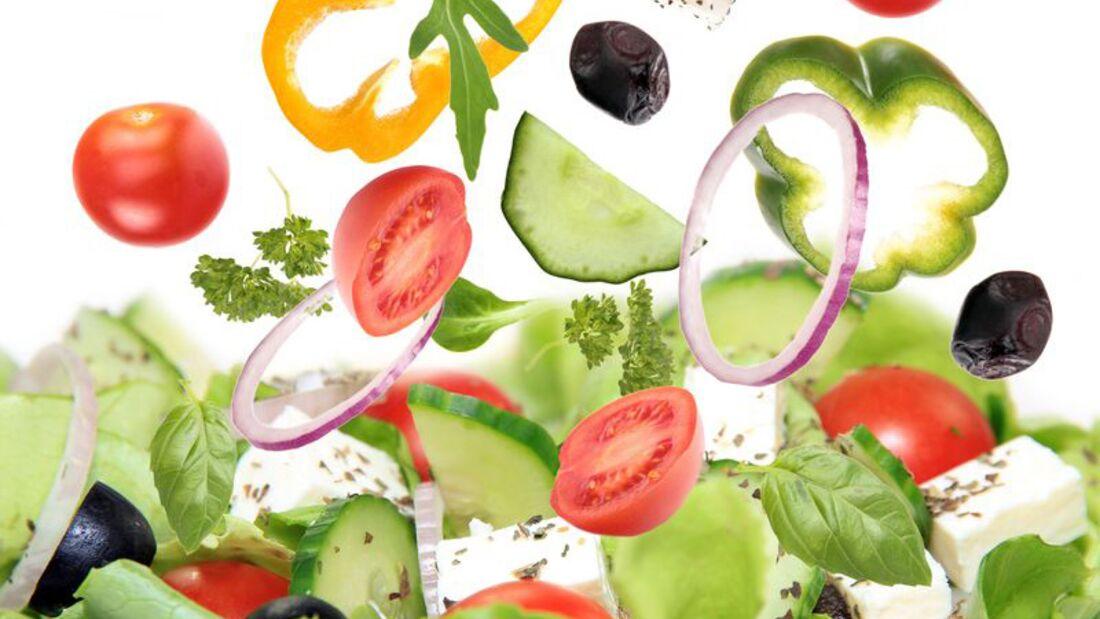 Bei uns gibt es die besten Salat-Rezepte – von eiweiß- bis ballaststoffreich