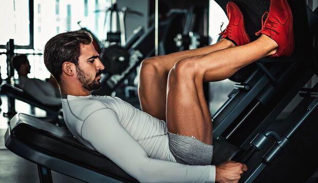 Beim Beintraining im Gym kannst du wirklich aus dem Vollen schöpfen