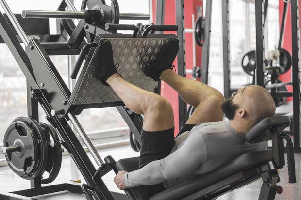 Beim Spilt-Training können Sie bei jeder Übung ordentlich Druck machen