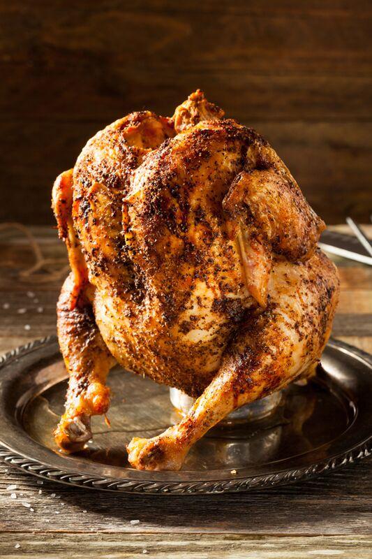 Bierhähnchen: Huhn auf Bierdose