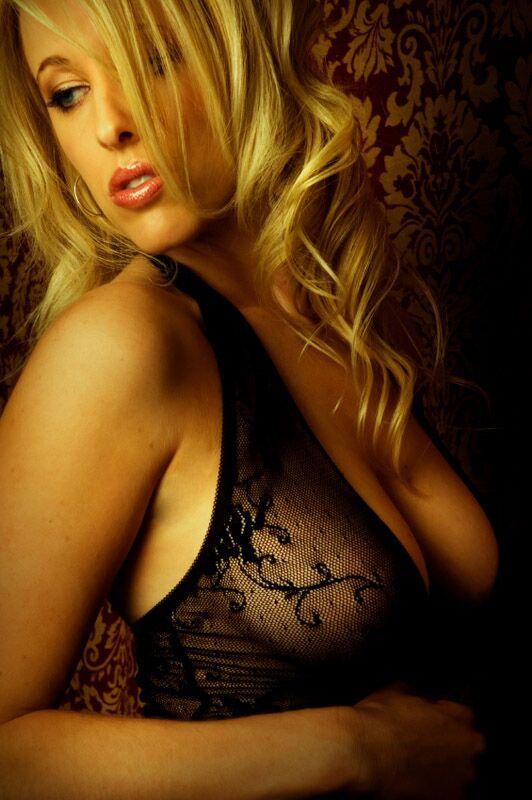 Bitte anfassen: Wie Frauen an ihren Brüsten berührt werden wollen