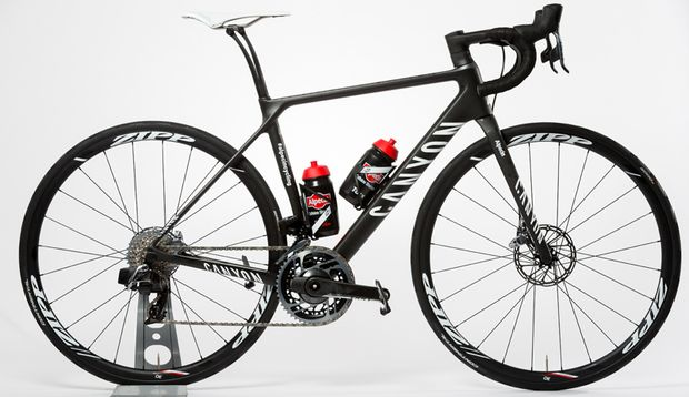 Black Beauty: Teamrad Canyon Endurace CF SLX LTD