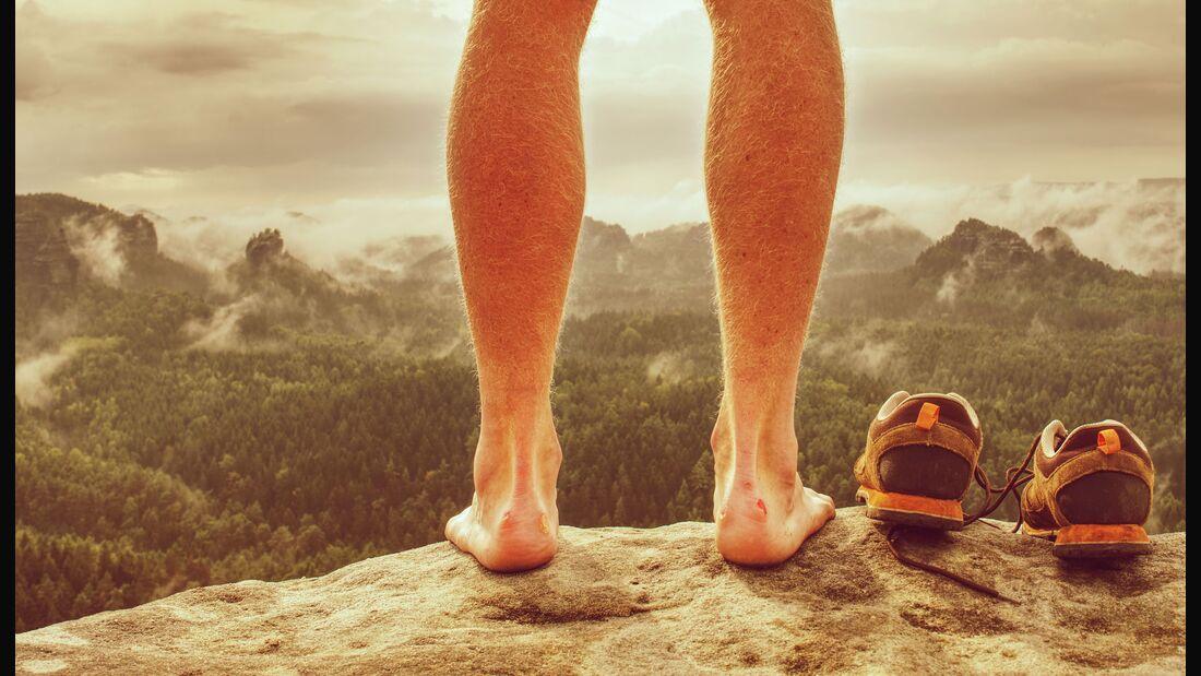 Blasen am Fuß entstehen oft durch nicht optimal passende Schuhe