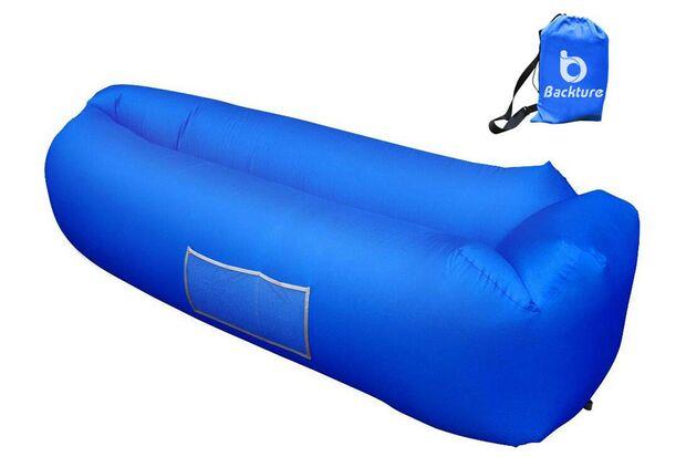 Blaues Sofa aus Plastik