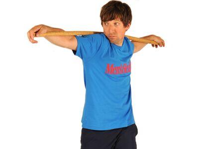 Boxer brauchen Ausdauer, Kraft und Koordination. Diese Übungen machen Sie rundum fit. Tipp: Kombinieren Sie das Workout mit den Box-Übungen! Machen Sie 15 Rotationsschritte pro Seite und vier Durchgänge.