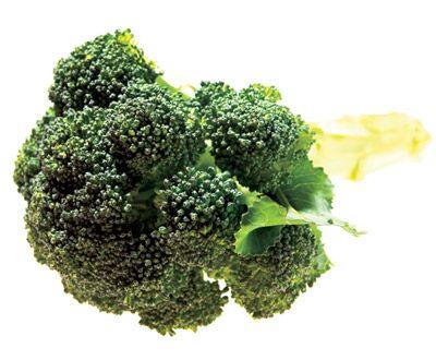 Brokkoli enthält 111 Mikrogramm Folsäure pro 100 Gramm