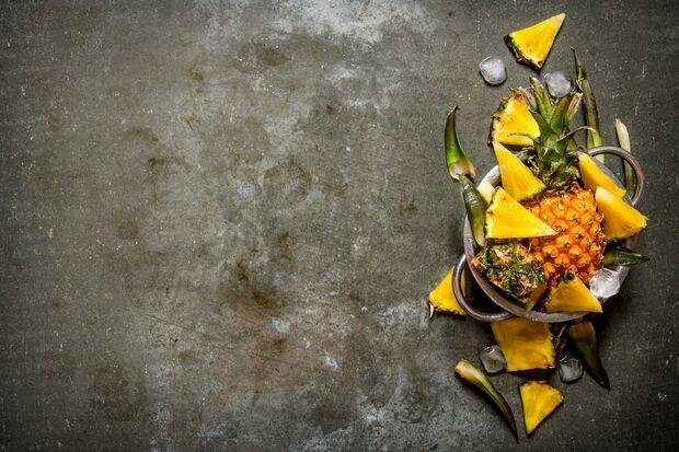 Bromelain wird auch das Ananas-Enzym genannt