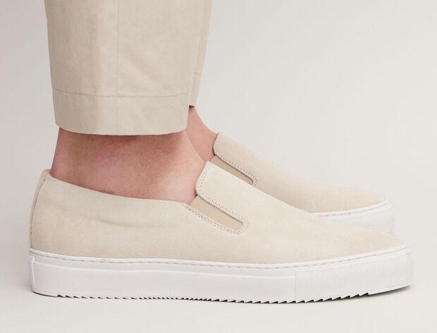 COS Slip-on Sneaker 90 Euro