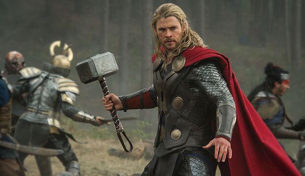 Chris Hemsworth schwingt als Donnergott erneut den Hammer
