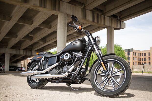Cruiser und Chopper 2015 / 2016: Harley Davidson Dyna Street Bob