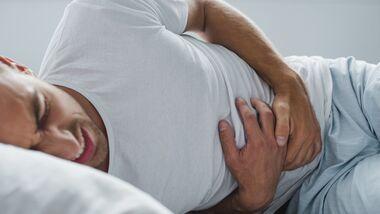 Darmprobleme treffen jeden Mann einmal: Unangenehm, aber meist nicht gefährlich.