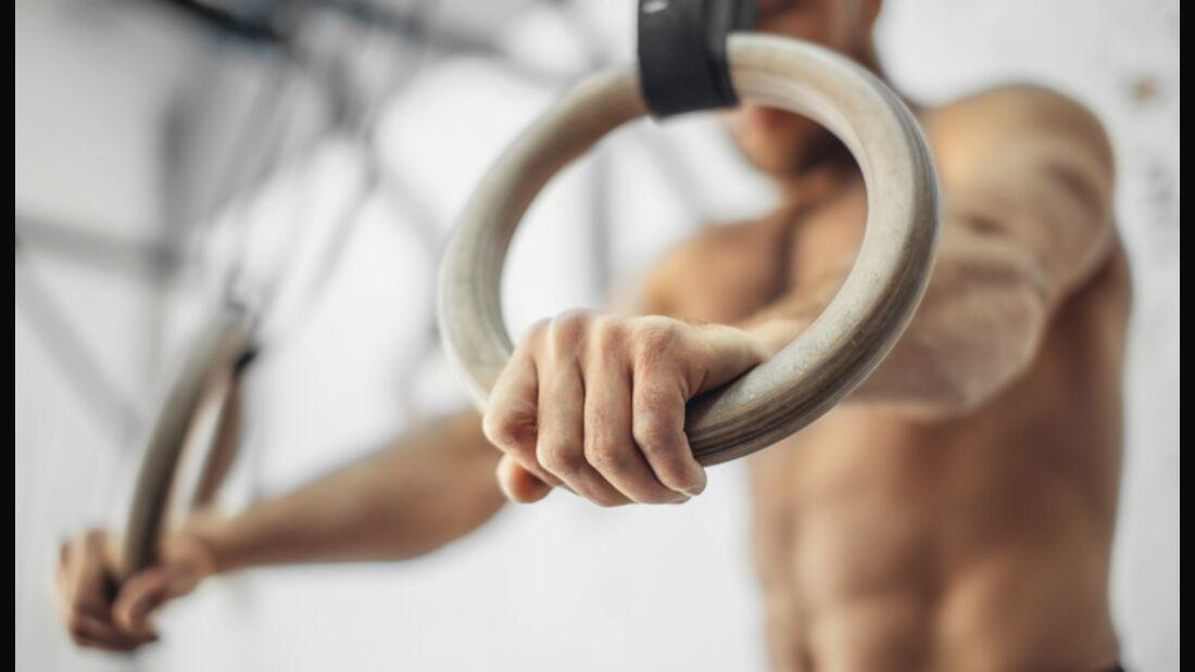 Das bringt Training an Ringen für den Kraftaufbau