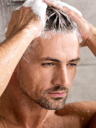Die Richtige Haarpflege Für Männer Mens Health