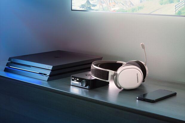 """Das kabellose Headset """"Arctis Pro Wireless"""" von Steelseries bietet erstklassigen Spiele-Sound und viele coole Features"""