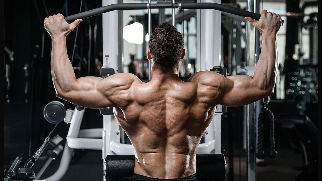 Das sind die besten 8 Übungen fürs Rückentraining