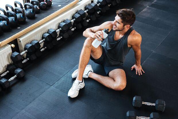 Deine Muskeln benötigen Flüssigkeit