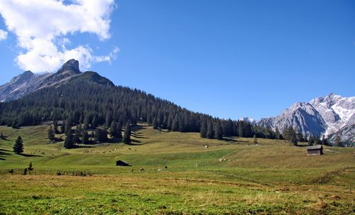 Der Blick auf das Karwendel-Gebirge