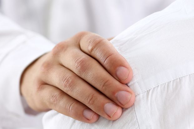 Der Tony Blauer-Test deckt neuronale Hemmungen auf, die die Körperstabilität einschränken