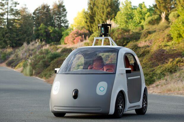 Der erste Prototyp des selbstfahrenden Autos von Google