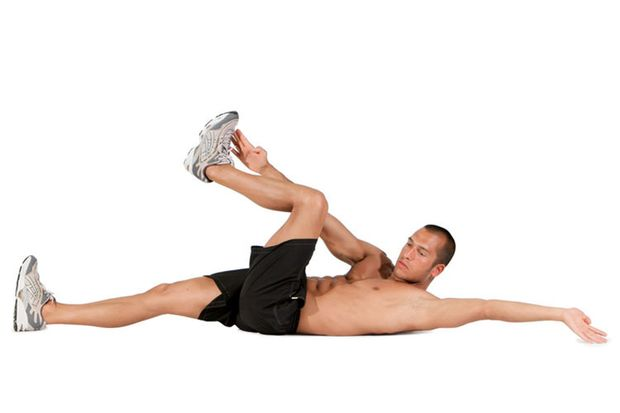 Diagonales Arm- und Beinheben