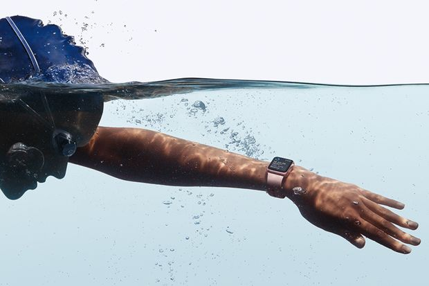 Die Apple Watch funktioniert im Becken und im Freiwasser