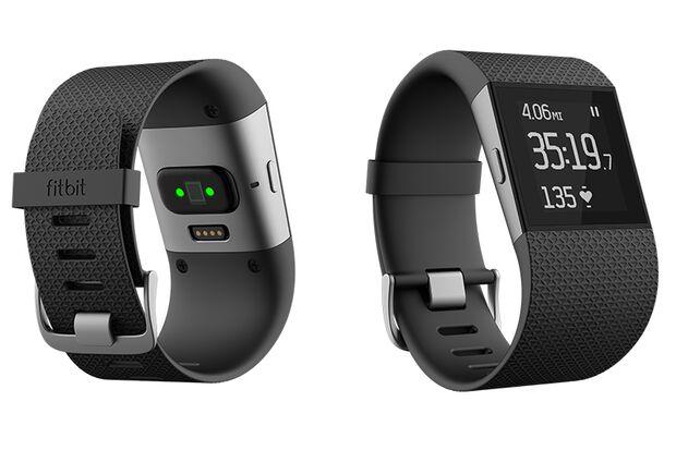 Die Fitbit Surge ist eine gelungene Multisport-GPS-Uhr mit guten Motivationsfeatures