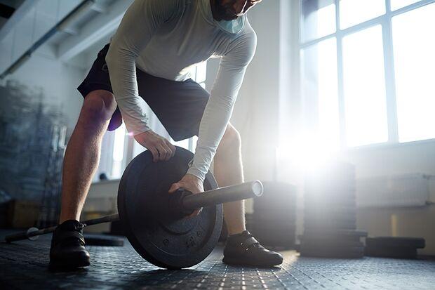Die Höhe des Gewichts ist von großer Bedeutung für den Trainingserfolg