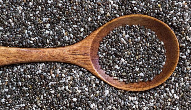 Die Inhaltstoffe von Chia-Samen machen satt und wach