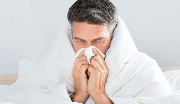 Die Symptome einer Grippe sind wesentlich schwerer als bei einer Erkältung