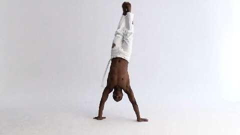 Die wichtigsten Capoeira-Übungen: S-Dobrado