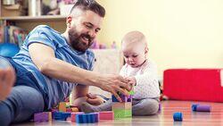 Die wichtigsten Lebensphasen für Väter: Spiele, spielen, spielen!