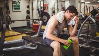 Diese 3 Angewohnheiten sabotieren deinen Erfolg beim Muskelaufbau