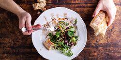 Diese Sattmacher-Salate halten lange satt und kurbeln durch die Ballaststoffe die Verdauung an