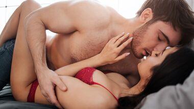 Du wünschst dir intensiveren Sex? Hier kommt dein ultimativer Trainingsplan für mehr Spaß im Bett