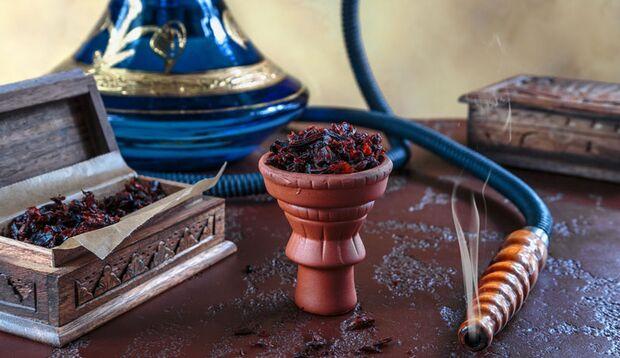 Durch fruchtige Aromen, die dem Tabake zugesetzt werden, wirkt das Rauchen weniger ungesund
